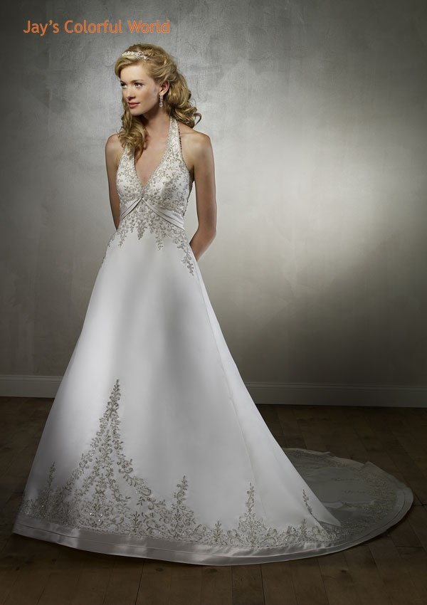 Halter Neckline Backless Embroidery Beading Wedding Dress Bridal Gown