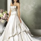 Scoop Neckline Strapless Appliques Beading  Wedding Dress Bridal Gown