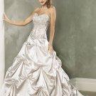 Pick-up V-neckline Strapless Embroidery Beading Custom made Wedding Dress Bridal Gown
