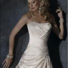 Custom-made Scoop Neckline Appliqued Beaded Tuller Taffeta Wedding Dress