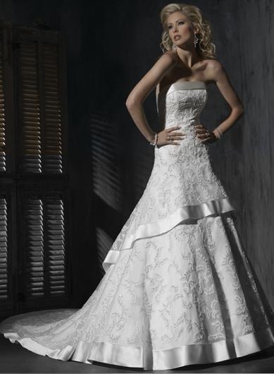 Custom made A-line Straight Neckline Appliqued Beaded Wedding Dress