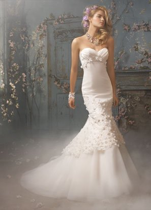 Sweetheart  Appliqued Organza and Satin Wedding Dress Bridal Gown