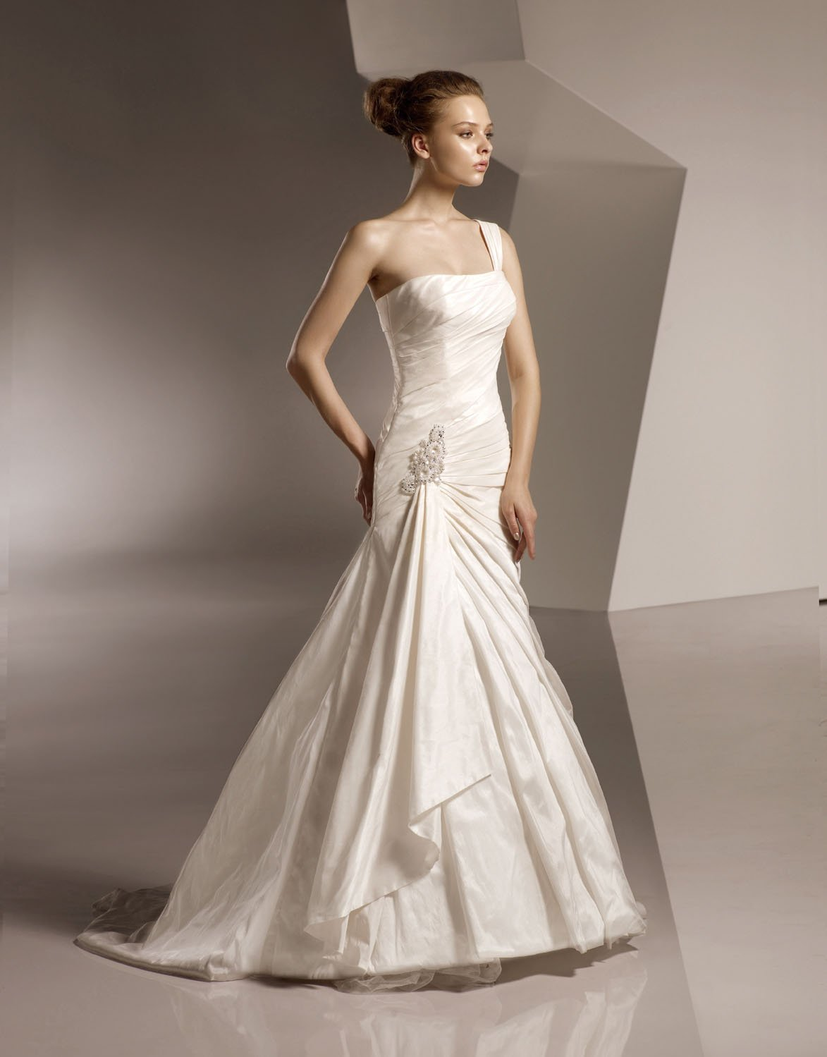 One-shoulder Taffeta Wedding Dress Bridal Gown