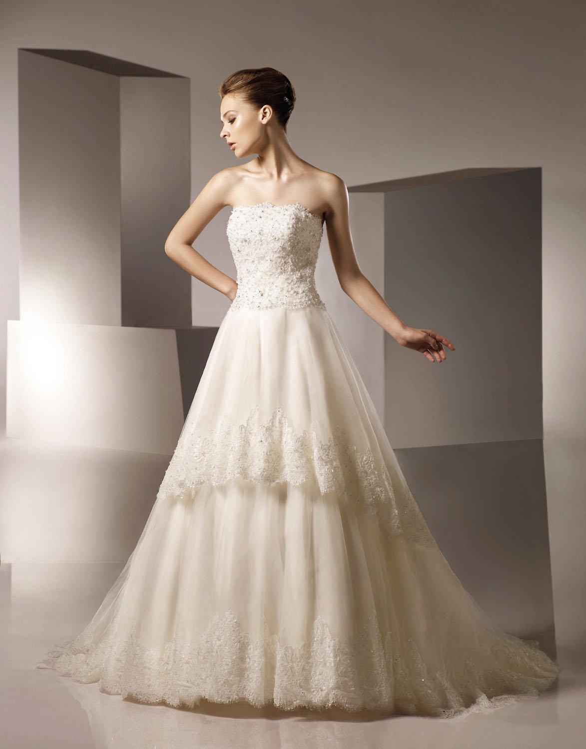 A-line Straight Neckline Appliqued Beading Tuller Wedding Dress Bridal Gown aq0028