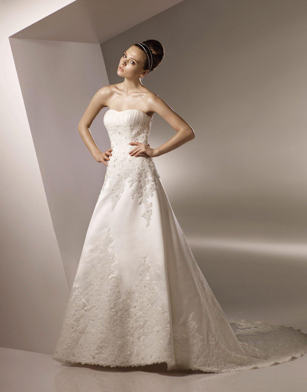 Scoop Neckline Appliqued Beading Wedding Dress Bridal Gown aq0029