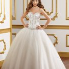 Sweetheart Beading Appliques Tulle Strapless Ball Gown 2012 Wedding Dress