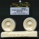 True Details 1/48 Douglas Skyraider AD/A1 Wheel Set 48084
