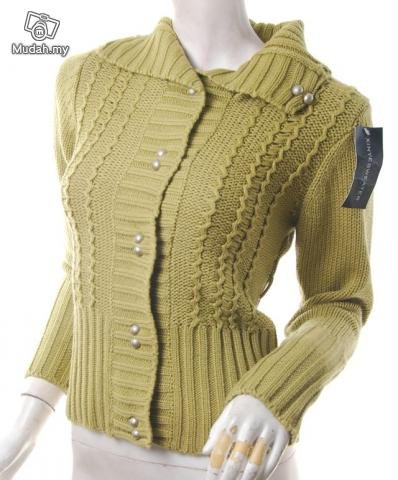 models off duty style fashion clothing vintage 40s style cable knit sweater cardigan
