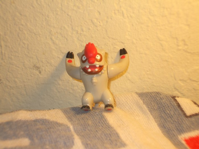 Hasbro Vigoroth Figure