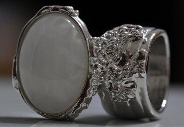 Arty Oval Ring White Gold Flecks Chunky Silver Knuckle Art Statement Jewelry Avant Garde Size 8.5