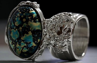 Arty Oval Ring Blue Black Metallic Chunky Silver Deco Knuckle Art Statement Jewelry Size 10