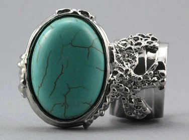 Arty Oval Ring Turquoise Silver Chunky Armor Knuckle Art Statement Avant Garde Jewelry Size 8.5