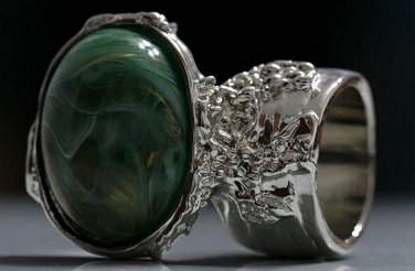 Arty Oval Ring Green Swirl White Gold Silver Chunky Knuckle Art Avant Garde Statement Size 9