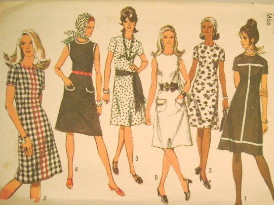 Vintage 1971 Sewing Pattern Simplicity 9315 Dress