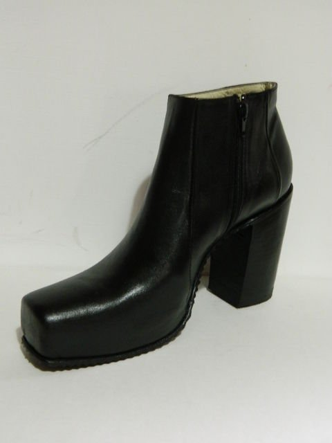 Ankle boots1'' plattform and 5.5 inch  heel side zipper Made to order any size