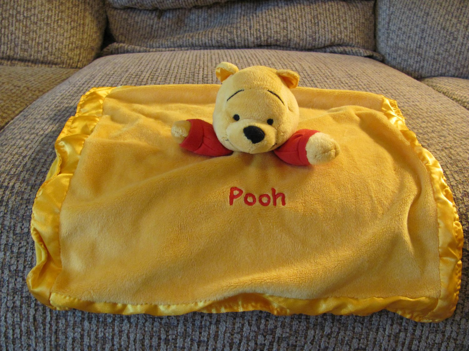 Disney Gold Yellow Red Winnie The Pooh Rattle Lovey