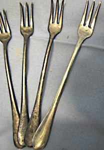 Antique set of 4 silverplated olive forks nice 3 pronged slender designed forks