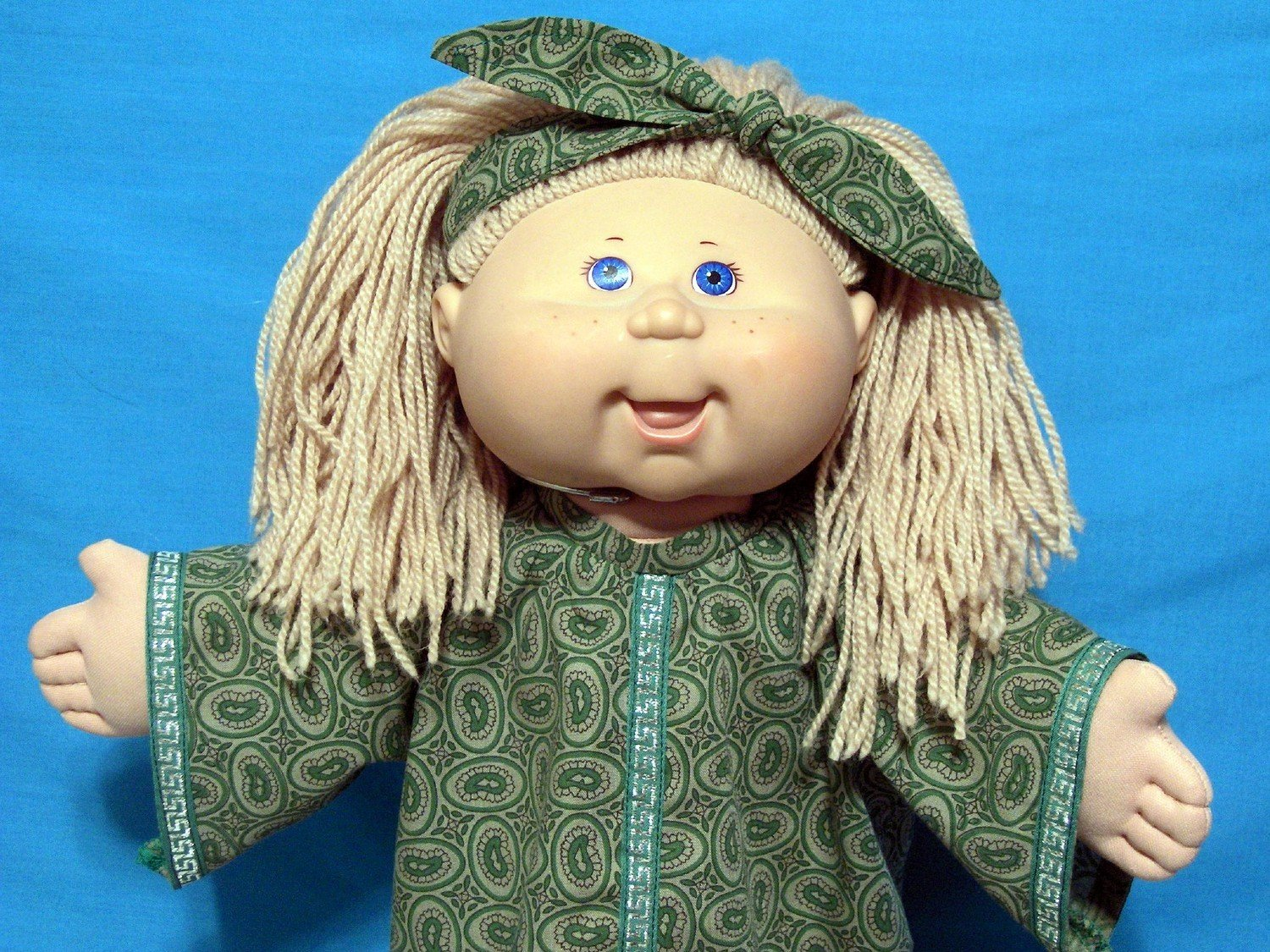 Dress n Hair Topknot Bow for Cabbage Patch Doll or 18 inch doll