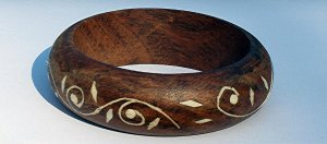 Vintage IRONWOOD with White Bone Inlay Design Bangle Bracelet