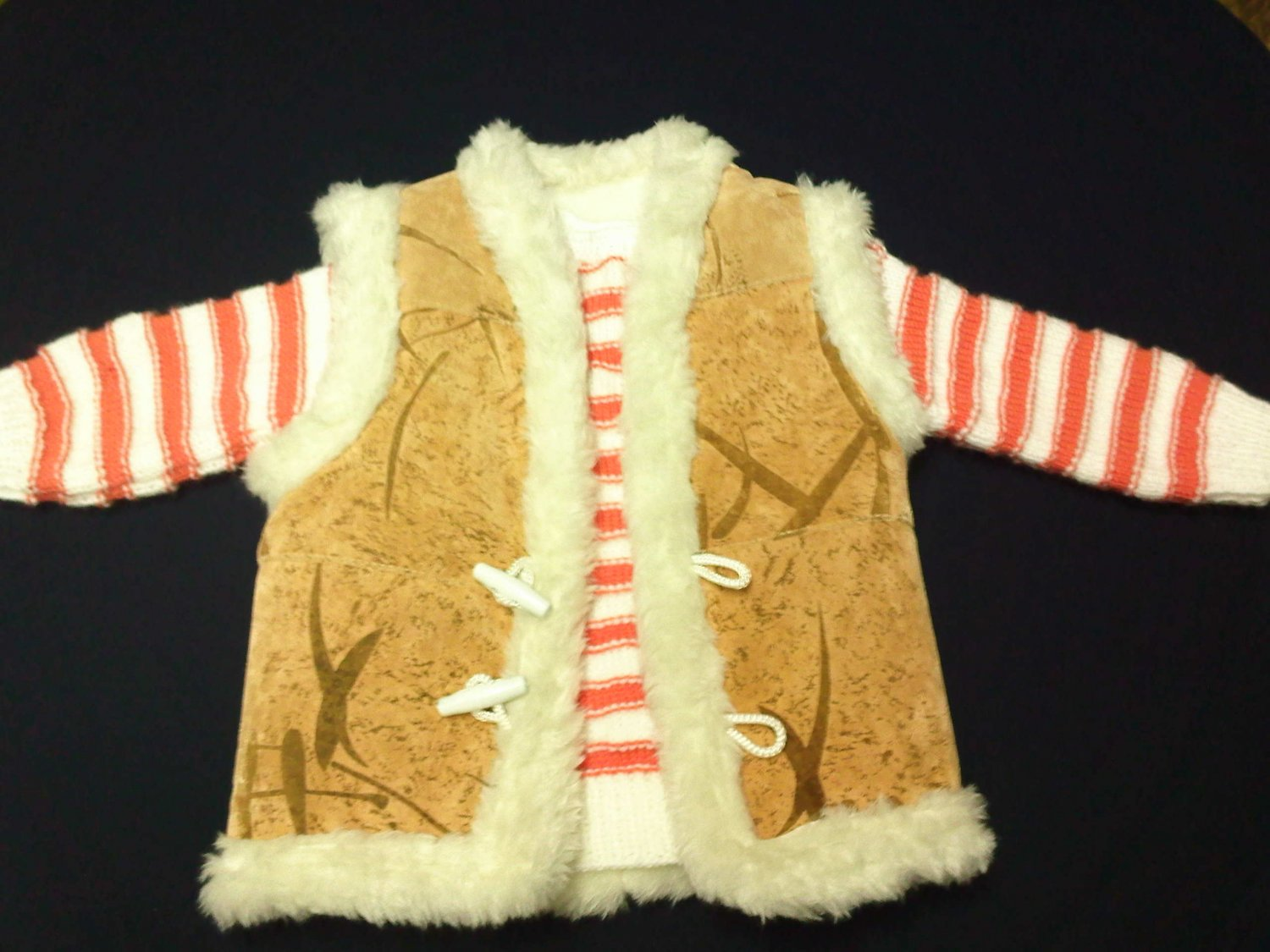 beatiful baby sweater and vest set unisex for 9 months and 2years beatiful color