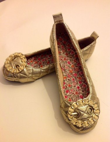 LADIES BAMBOO FLAT SHOES SIZE 6 GOLD