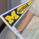 MINI BARBIE MICHIGAN penant cheerleader flag 1/6 scale