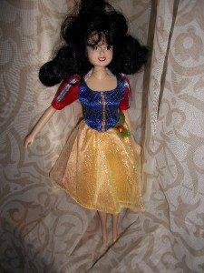 Short DRESS SNOW WHITE snowhite Disney barbie DOLL