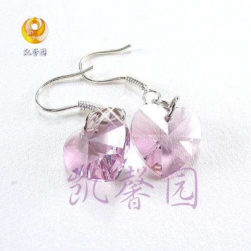 Swarovski Crystal heart shape earring(E-07)