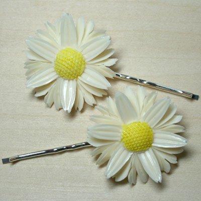 Vintage Daisy Hair Clips