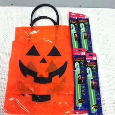 New Halloween Trick Or Treats Pumpkin Bags 4 Glow Safety Funlight Sticks