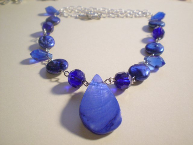 Blue Bayou shell and pearl necklace