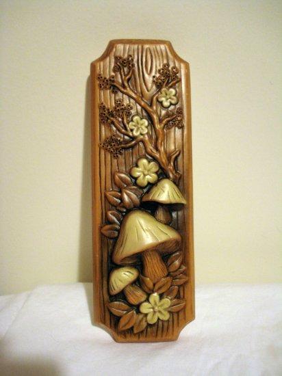C Favor chalkware wall plaque mushrooms toadstools vintage AL1331
