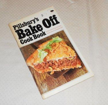 PILLSBURY BAKE-OFF COOKBOOK 100 PRIZE WINNING RECIPES 21st 1970