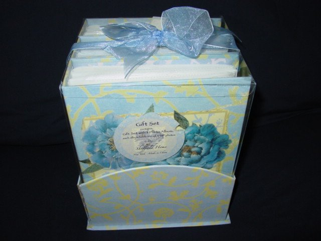 Sheffield Home Gift Set with 3 Photo Albums