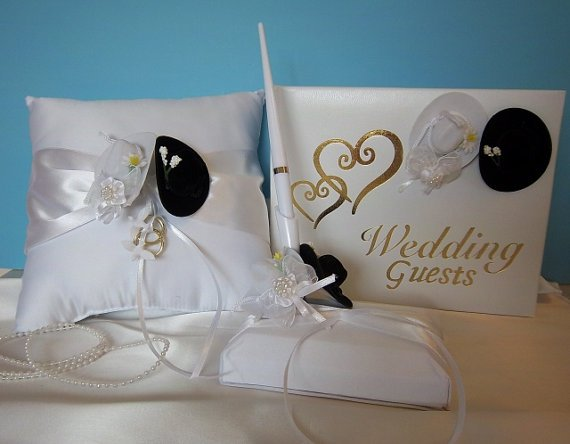 WESTERN Cowboy Guest Book, Pen Set and Ring Pillow - Wedding/Anniversary