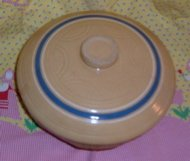 Vintage McCoy Pottery Casserole with Lid