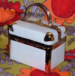 SOLD~ Vintage Delill Train Case Handbag with White Embossed Basket Pattern