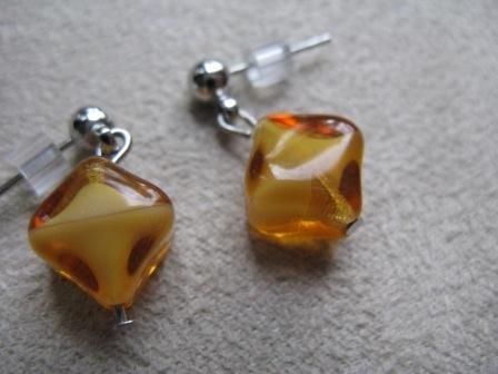 Gold Diamond-shaped Earrings