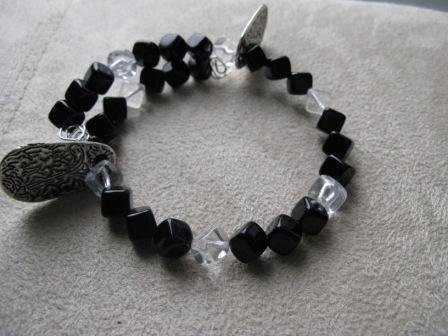 Live Now, Think Big Light and Dark Recovery Bracelet