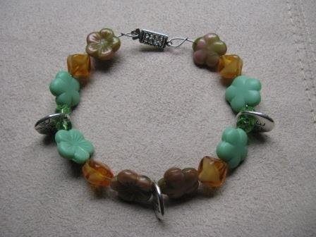 BE HERE NOW Multi-Colored Flower Bead Bracelet
