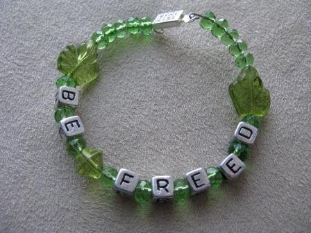 BE FREED Green Leaf Recovery Bracelet