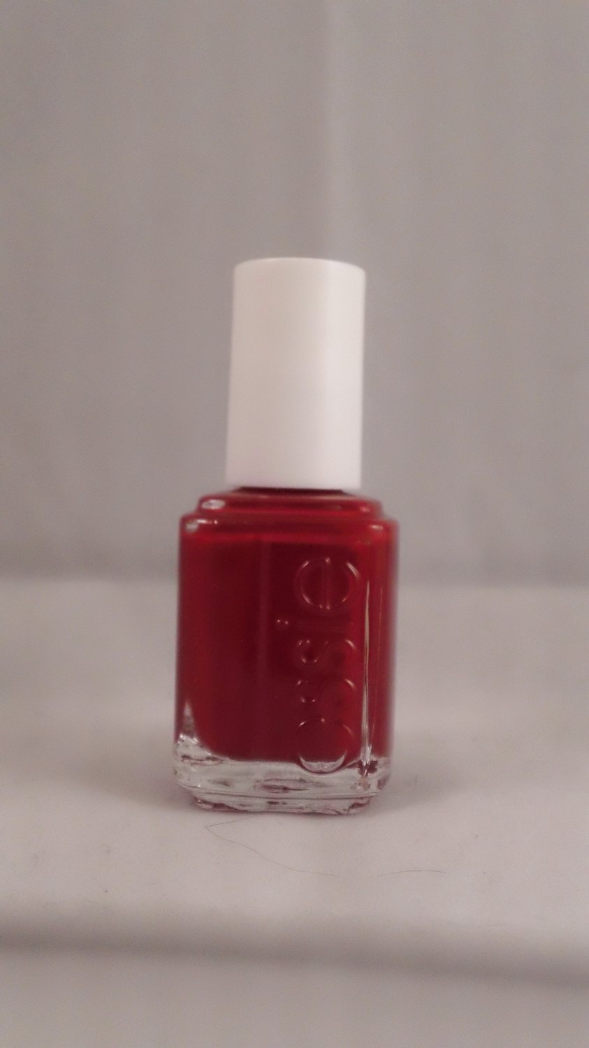 Essie Nail Lacquer Color Polish #381 Fishnet Stockings