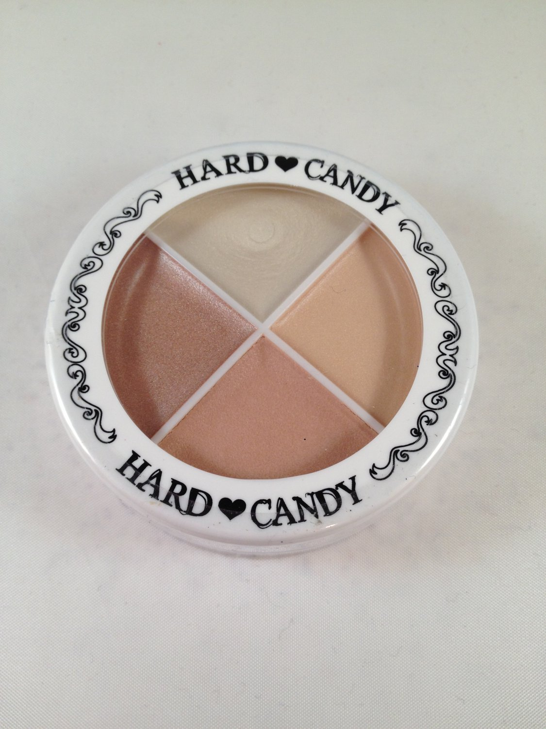 Hard Candy Spotlighters All Over Highlighter #135 Brown Palette