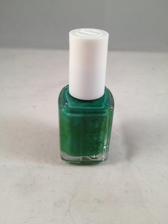 Essie Nail Lacquer Color Polish #725 Pretty Edgy