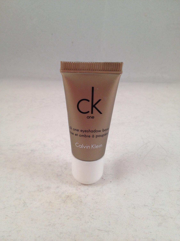 Calvin Klein CK One Color Eye Shadow Base #710 Prim cream eyeshadow