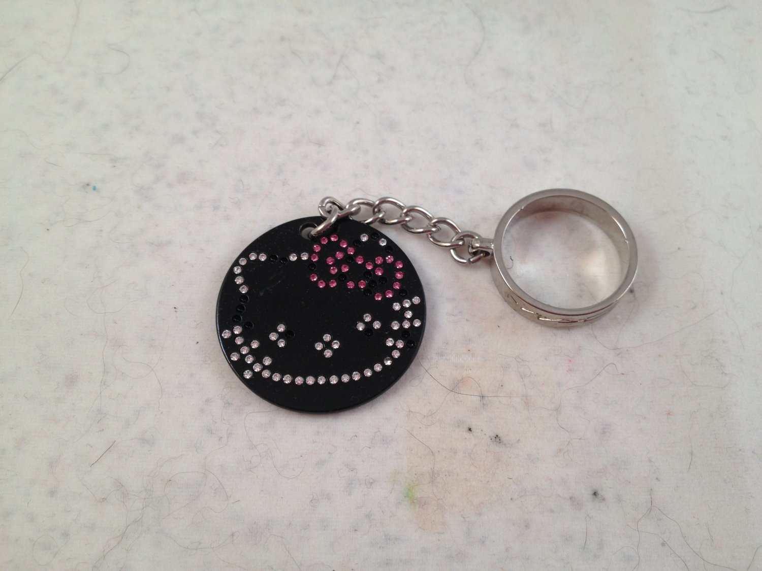 MAC Cosmetics Hello Kitty Collection Dazzleglass Charm Only collector's item *damaged*