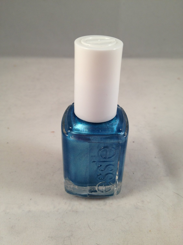 Essie Nail Lacquer Color Polish #776 Beach Bum Blu