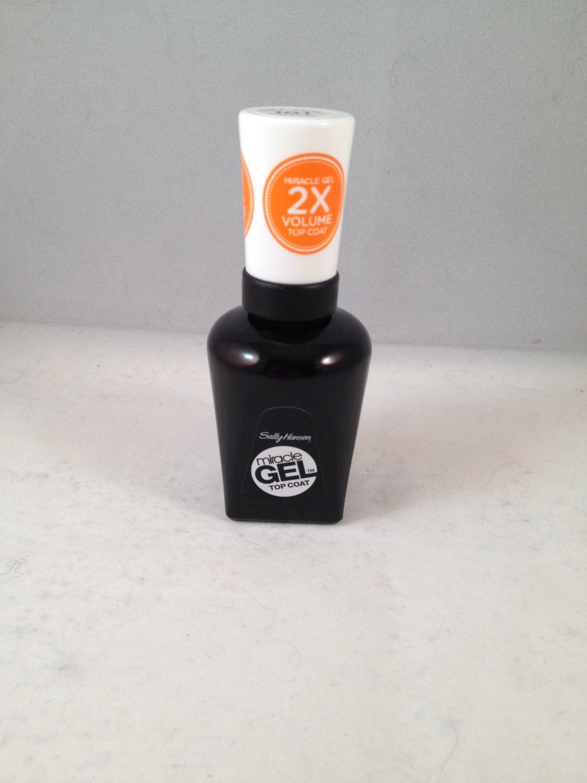 Sally Hansen Miracle Gel Top Coat Clear Polish #101 Nail Color no UV light needed!