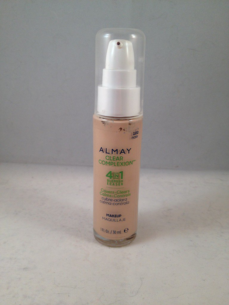 Almay Clear Complexion 4 in 1 Blemish Eraser Liquid Makeup #100 Ivory Foundation
