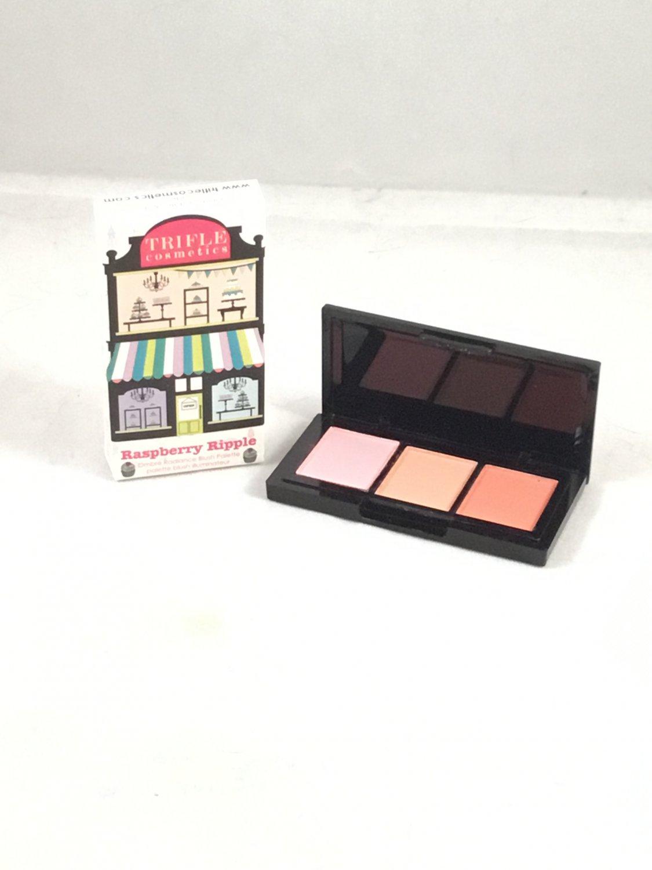 Trifle Cosmetics Ombre Radiant Blush Palette Raspberry Ripple